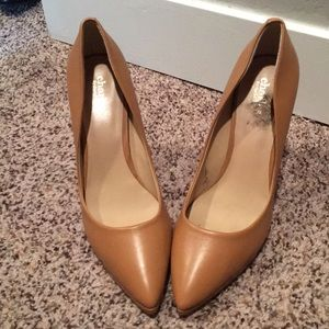 Tan and gold 3 inch heels